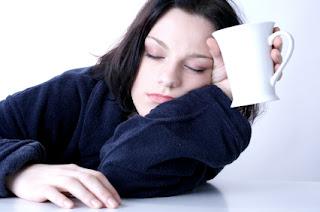 एक थकी हुई महिला