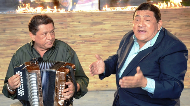 Poncho y Emiliano, hermanitos del alma