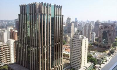 São Paulo | Bairro Itaim onde se instalam grandes empresas