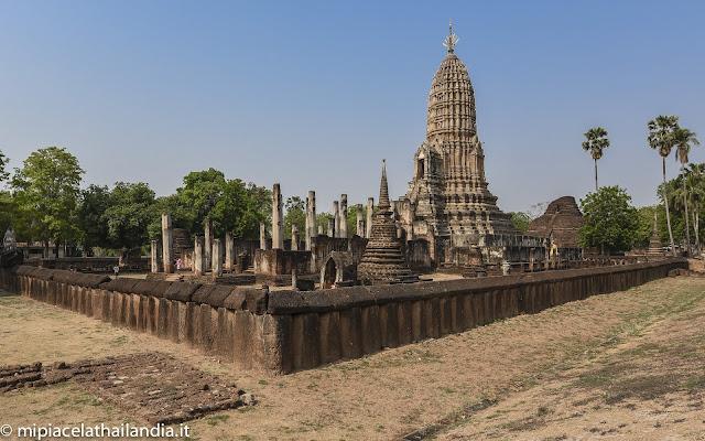 Wat Phra Si Rattaana Mahathat