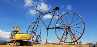 Sepeda raksasa terbesar di dunia