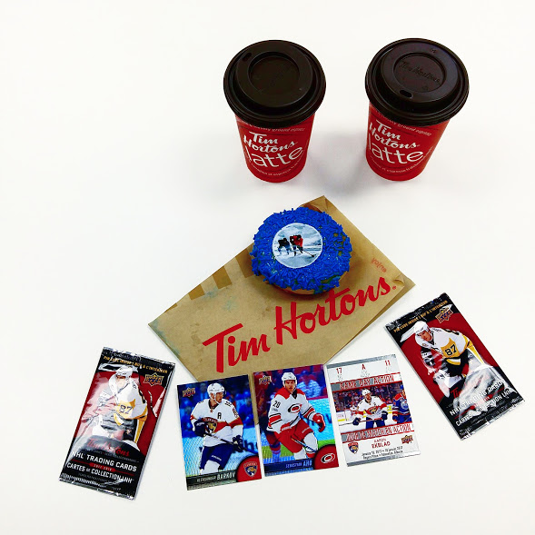 #CollectToWin - Des cartes d'hockey chez Tim Hortons?