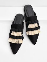 http://fr.shein.com/Pom-Pom-&-Fringe-Decorated-Flats-p-404096-cat-1881.html
