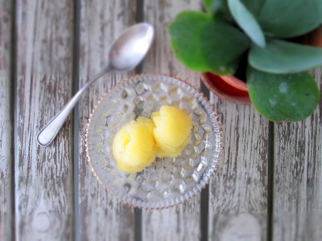 Ananas sorbet med lime