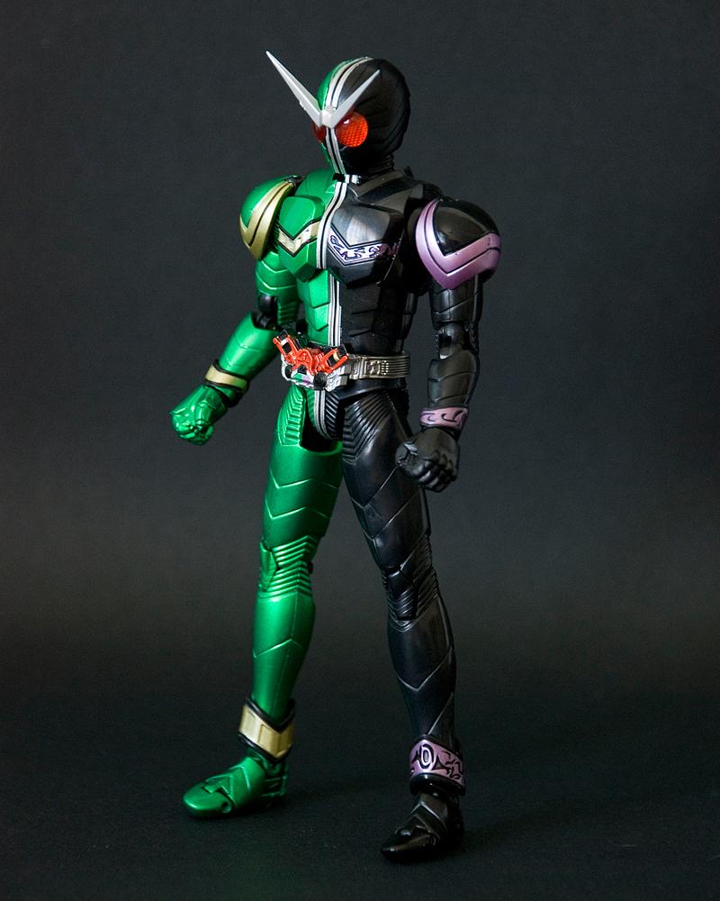 Irsyad's Way: S.H.Figuarts Kamen Rider W (Cyclone Joker