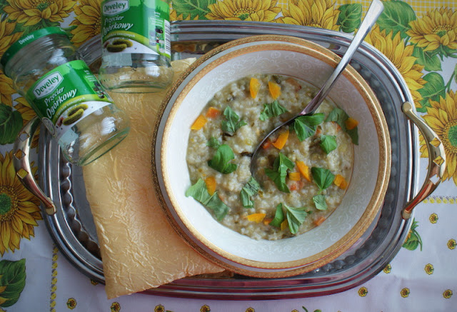 Develey,dania babci zosi,sys,zupa ogórkowa,przecier ogórkowy,bazylia,ryż z groszkiem