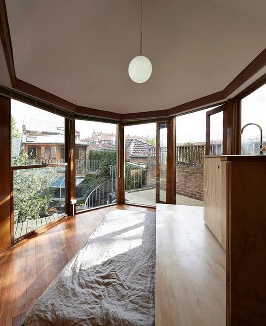 09-Lin-Architecture-with-the-North-Fitzroy-Studio-Tardis-www-designstack-co