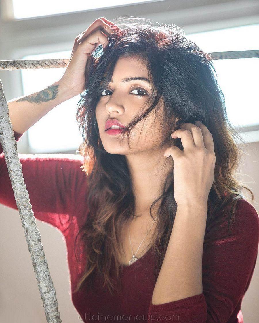 Eesha Rebba Hot Images