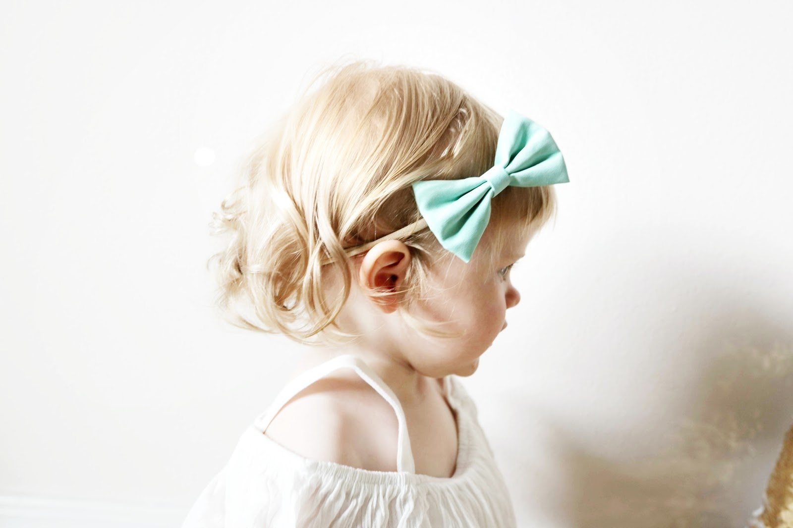 Sweet Cheeks Shop June 2018 bow review mint turquoise velvet baby girl toddler fashion
