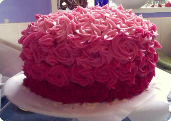 Easy Cake Icing Videos: Jennifer Darling: Easy Cake Decoration