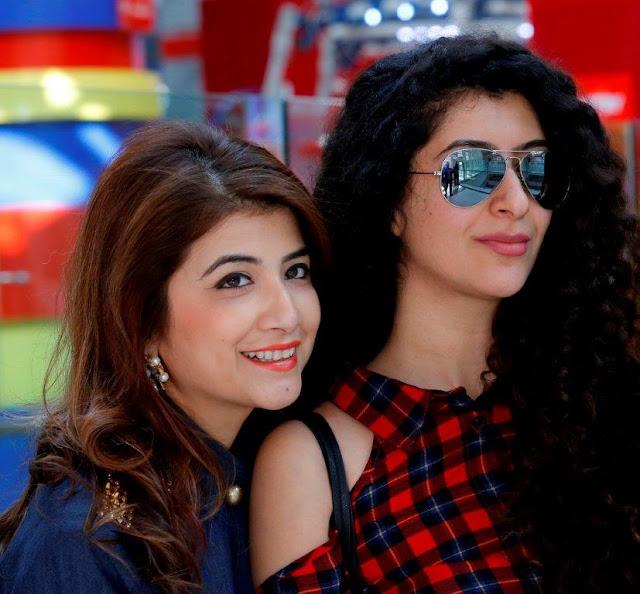 L- Mallika Jain, R- Neha Chopra