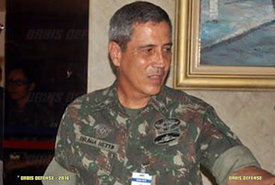 Resultado de imagem para foto do general Walter Braga Netto