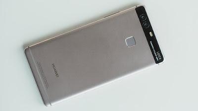 lo dien hinh anh mat lung chinh thuc cua Huawei P9