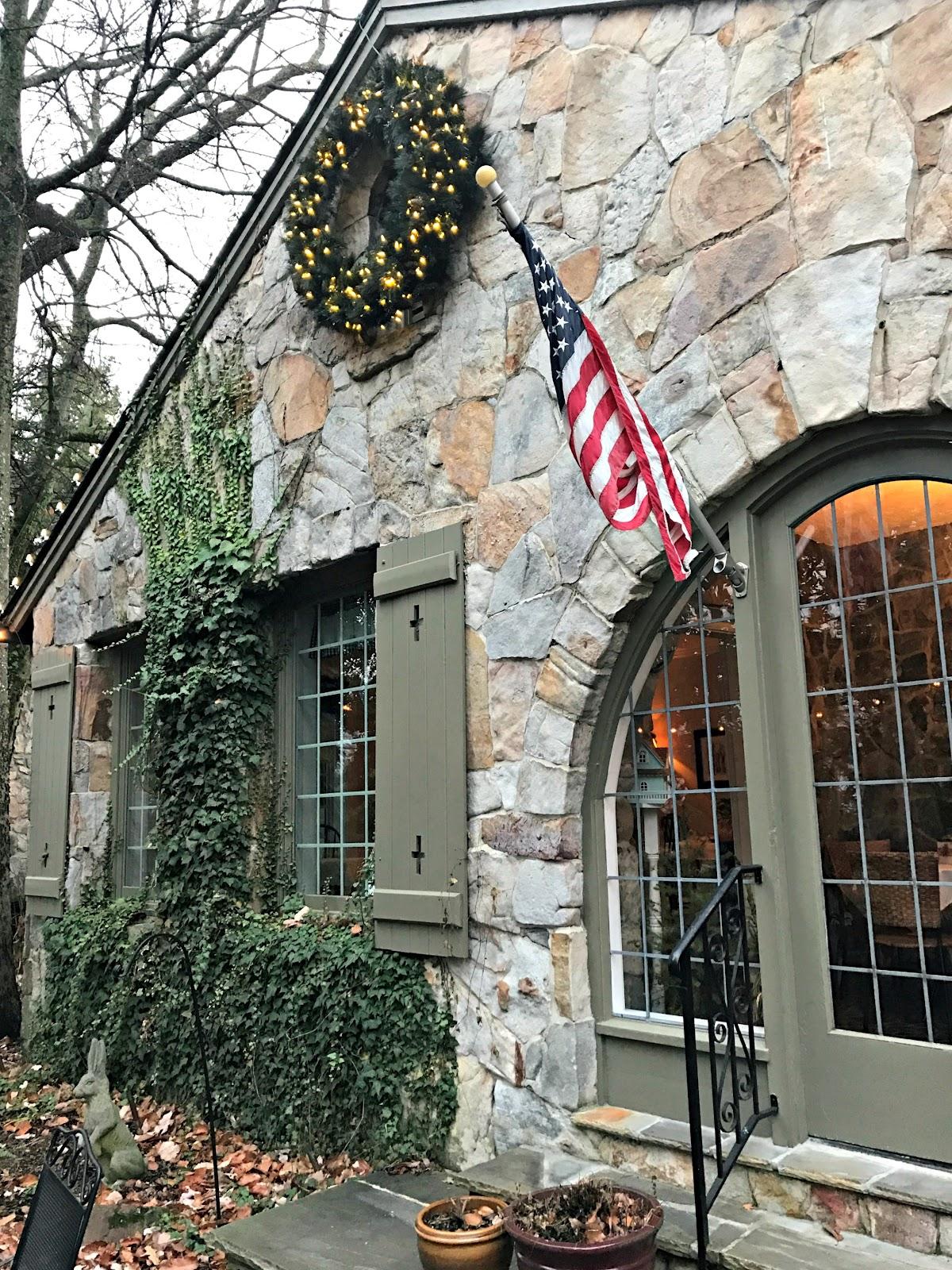 Cozy English Tea Room Chattanooga