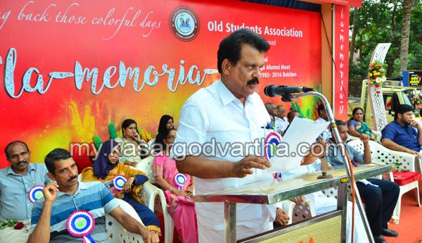 Kerala, News, Kasargod, School, Books, Health check up, Magic show, Get together.
