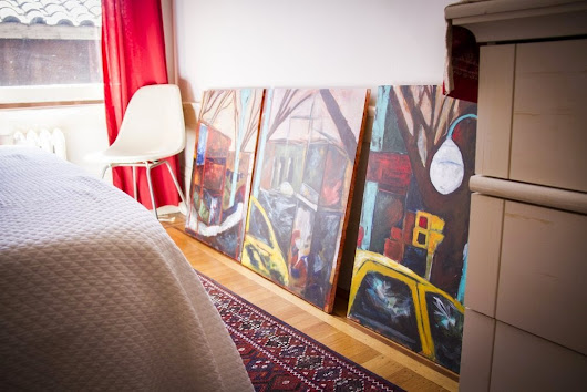 Transforming Spaces with Art: 8 Creative Ways to Display Art