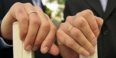 Homoseksual dan Lesbian Adalah Dosa Besar