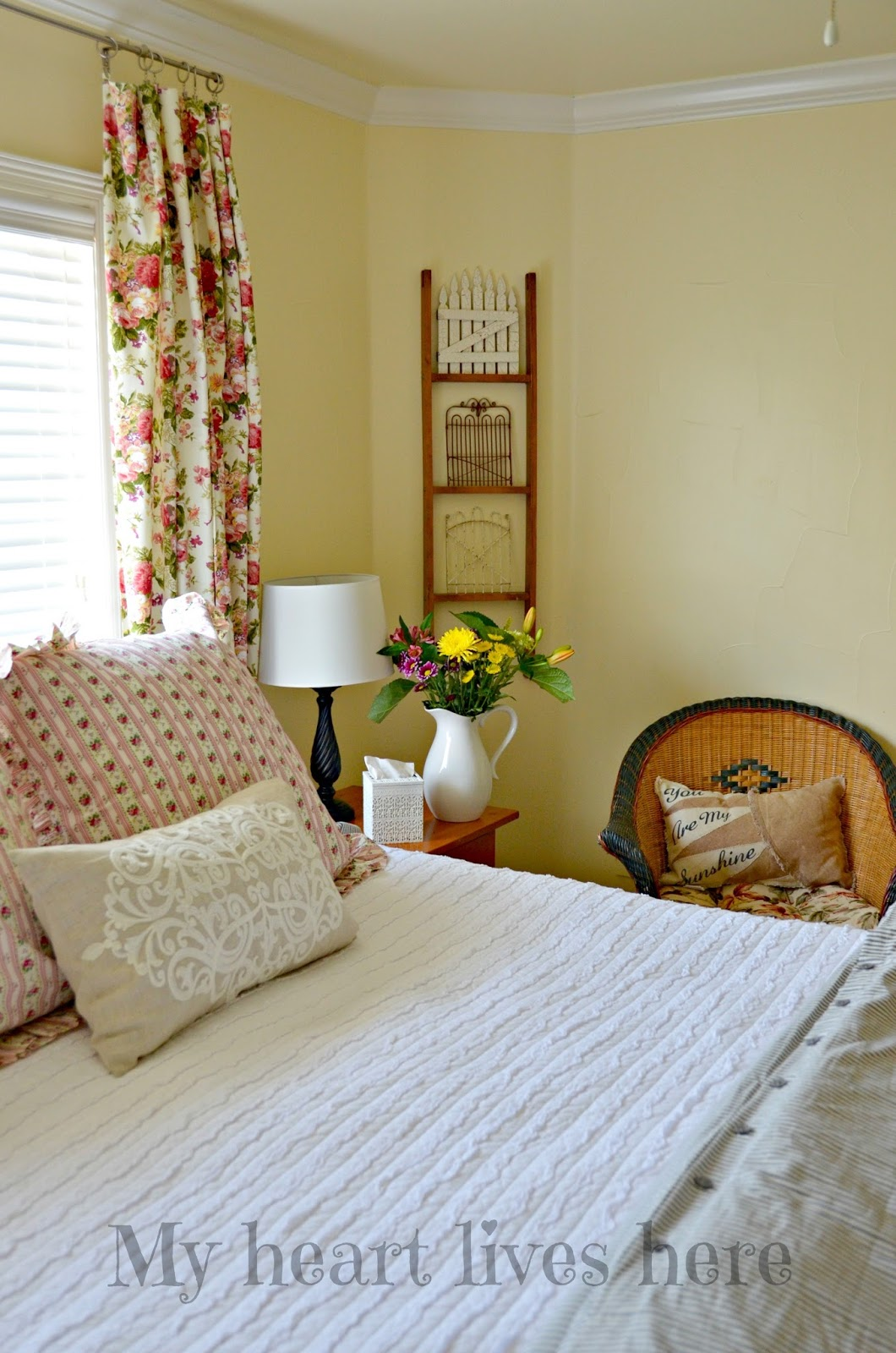 summer country bedroom my heart lives here
