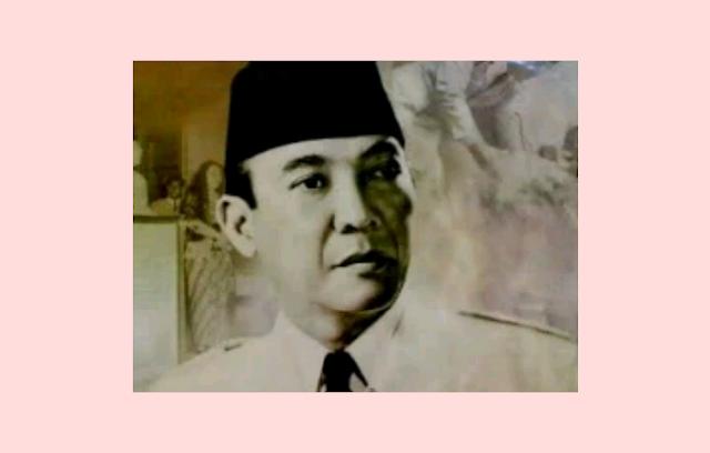 Pahlawan Nasional : Soekarno