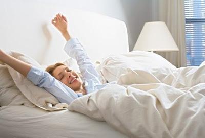 Tips Bangun Pagi Lebih Awal