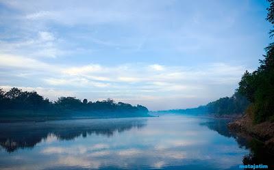 misteri dalam keindahan sungai bengawan solo