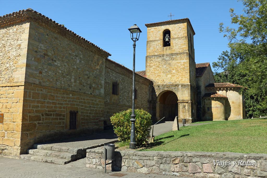 Iglesia de San Pedro de Villanueva, Cangas de Onís, Asturias