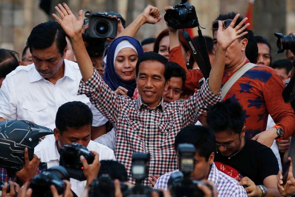 Survei: Jokowi-Ma'ruf Unggul Banyak di Kalangan Non Muslim