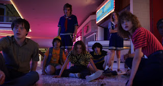 Der Stranger Things 3 Trailer verspricht uns Mallrats
