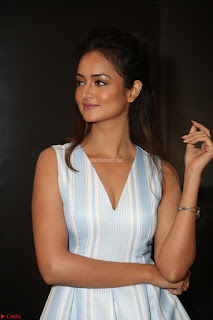 Shanvi Looks super cute in Small Mini Dress at IIFA Utsavam Awards press meet 27th March 2017 09.JPG
