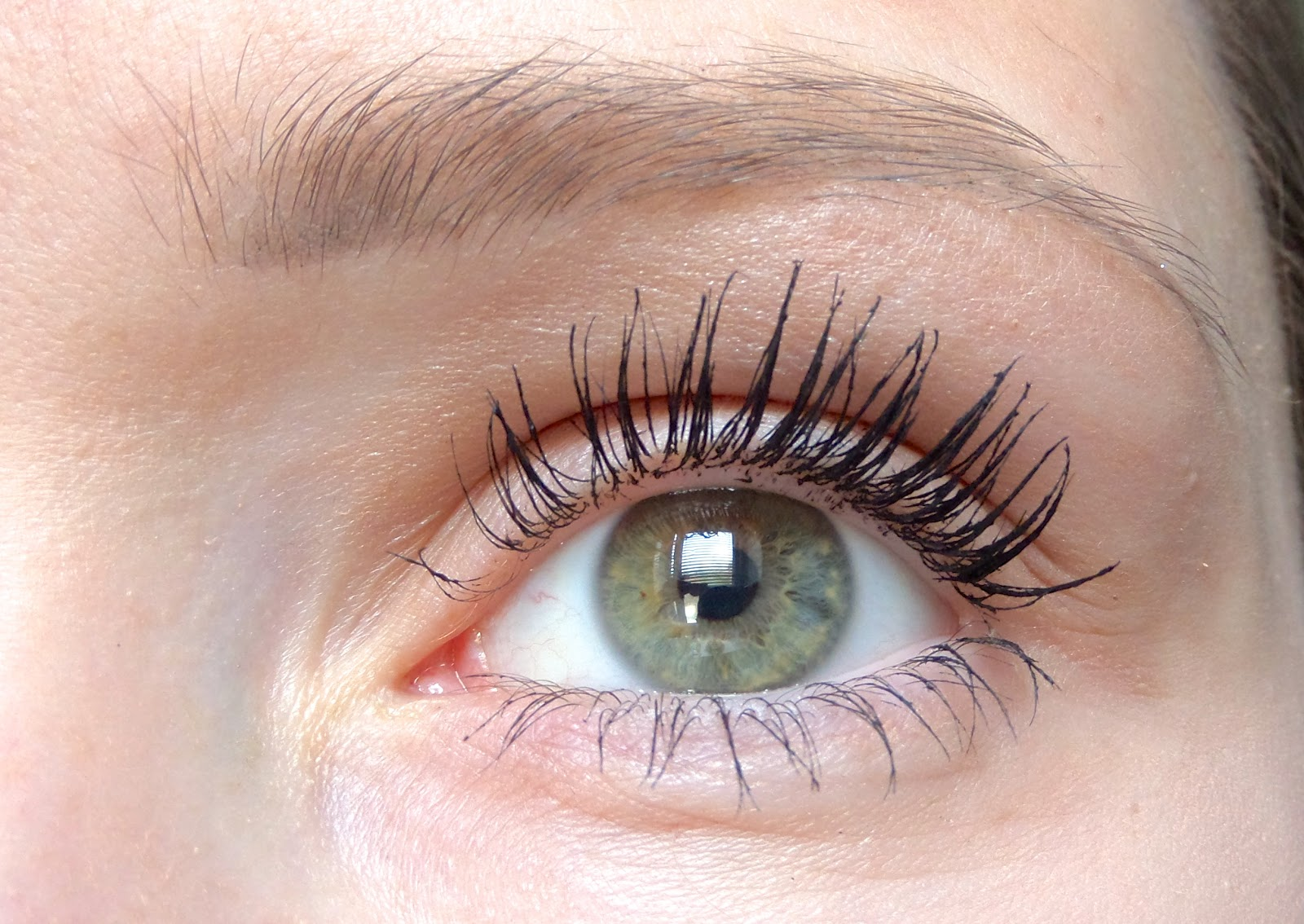The L'Oreal 4D Lash Architect Mascara review