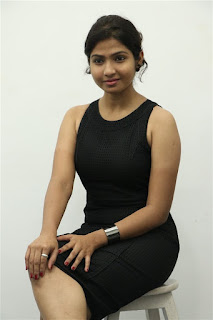 Venba Cute Actress in Short Black Sleeveless Dress from movie Palli Paruvathile