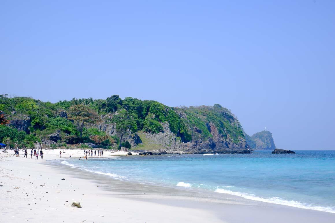 Pantai Sepanjang yang cantik sekali.