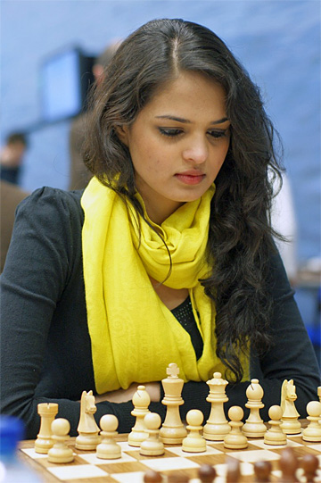 tania sachdev sexy indian chess master 01