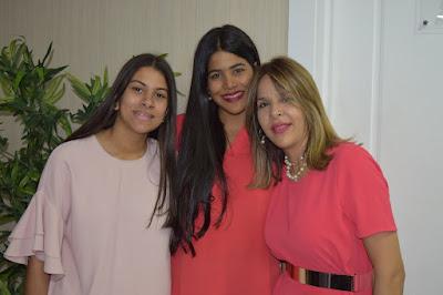 Laura de Herrera, Lissette Noboa y Lissette de Herrera