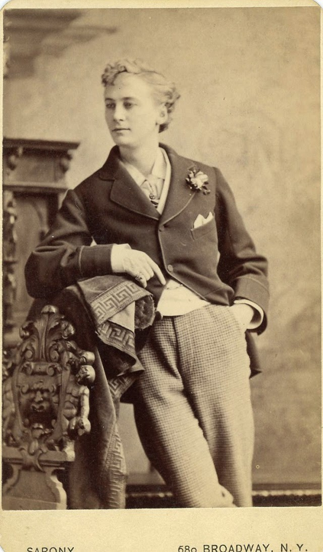 1800s Drawing Room: Fanny And Stella: The Victorian Men Who Liked To Dress In