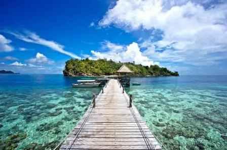 gambar keindahan wisata raja ampat papua indonesia