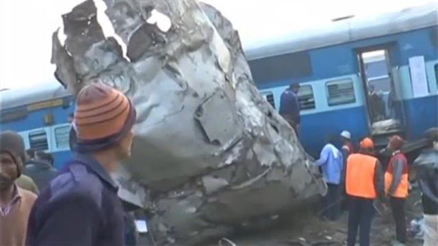 At least 107 people killed as train derails near Kanpur, India