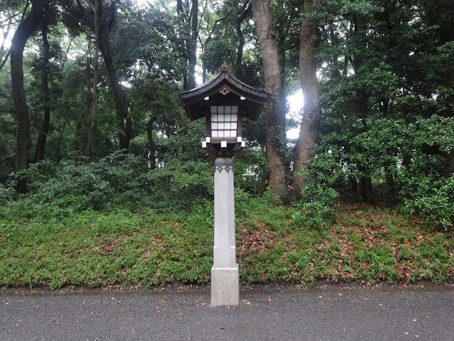 灯篭,明治神宮〈著作権フリー無料画像〉Free Stock Photos