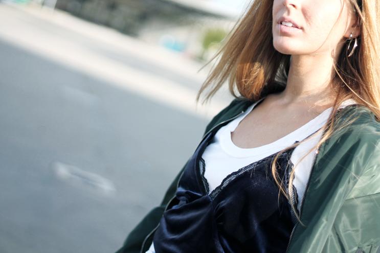 canotta sovrapposta a t-shirt moda autunno 2016