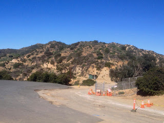 View north toward Bridle Trail junction and Glendale Peak from Vista Del Valle Drive near Vista View Point (helipad), Griffith Park, Los Angeles, February 15, 2016