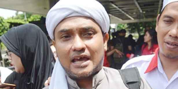 Ikut Campur Ursan Islam, FPI Ancam akan Laporkan Bawaslu Soal Pengaturan Khotbah