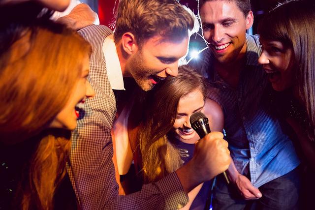 karaoke_bars_republiqin