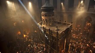 Δείτε live την τελετή Αφής του Αγίου Φωτός από τα Ιεροσόλυμα