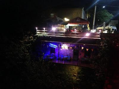 Klimatyczny bar w Kutaisi - Galeon