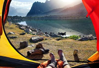 tips tidur di gunung