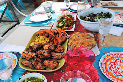 The Style Sisters backyard dining, Mother's Day, BBQ