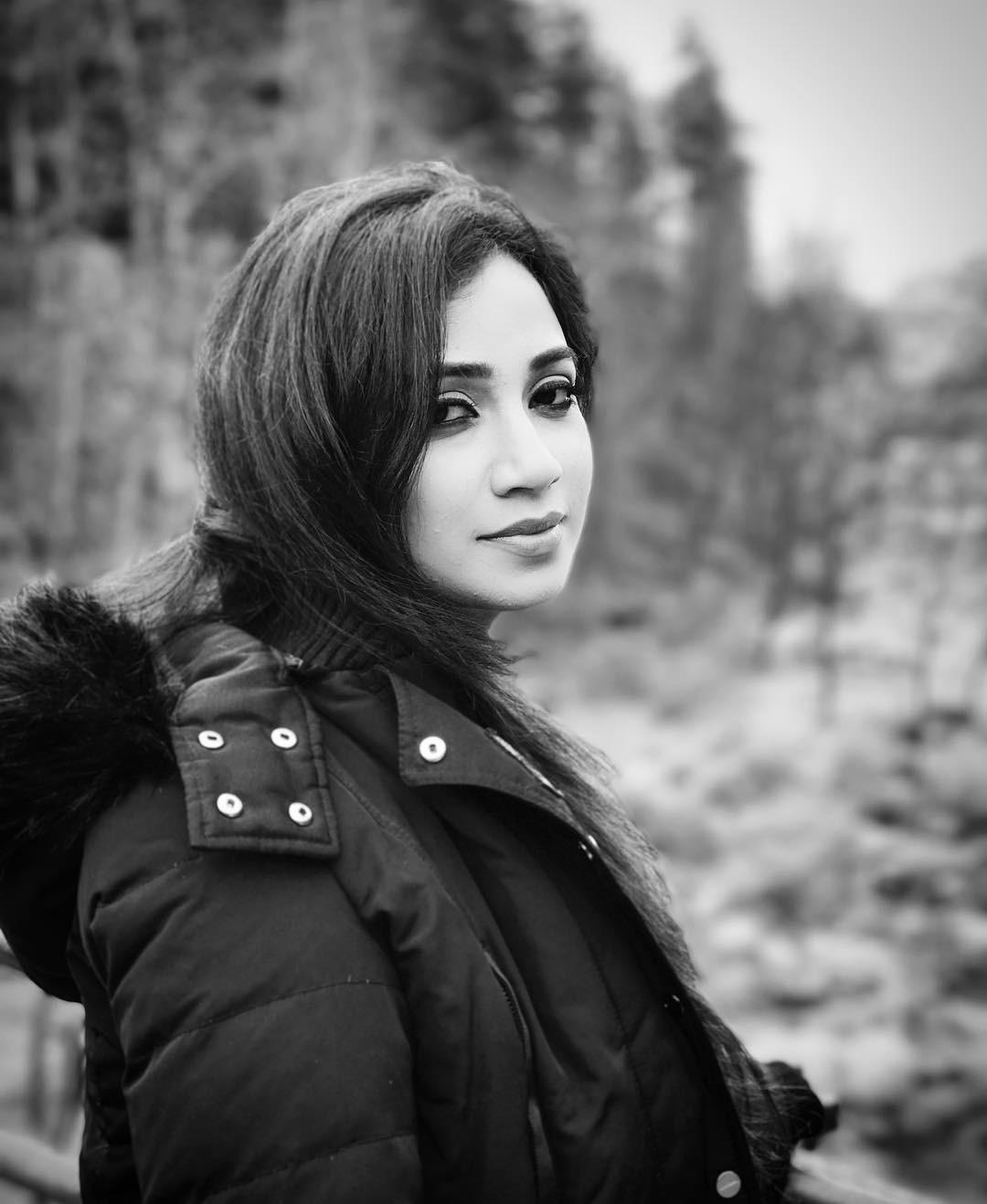 Desi Actress - Pixerdesi Shreya Ghoshal Has Cute Face -9704