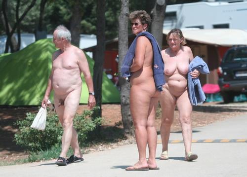 Bikini mom sex