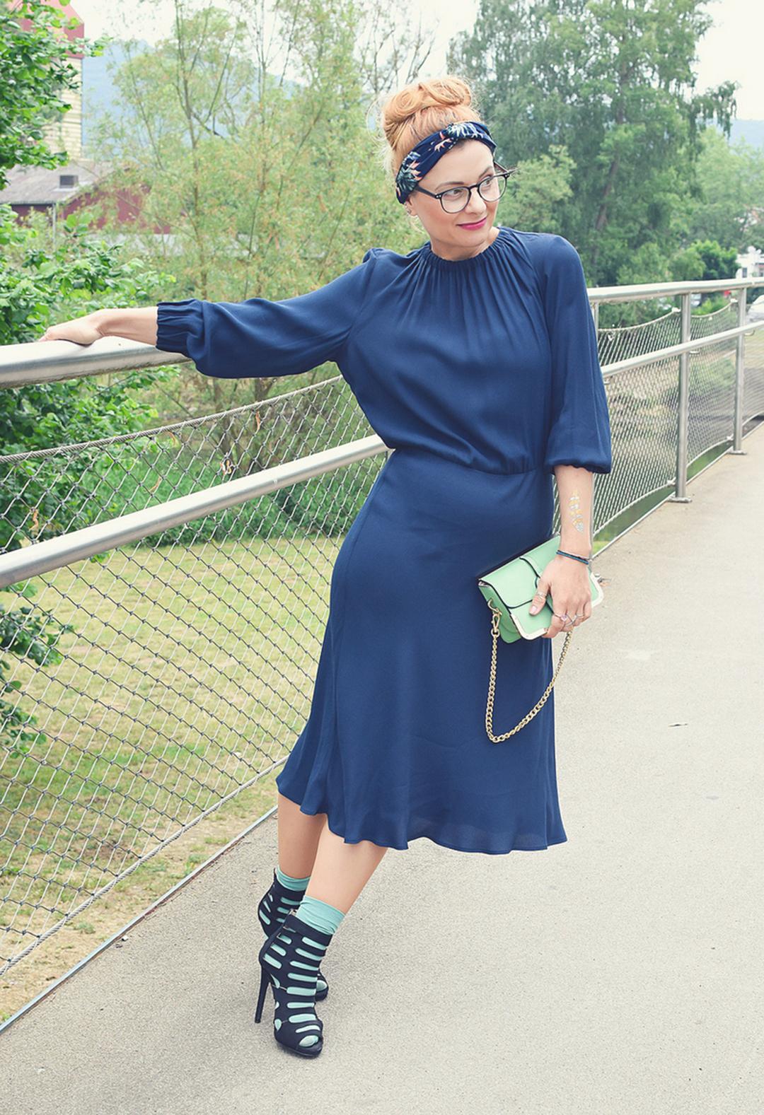 Söckchen in High Heels, Look mit Kleid und High Heels