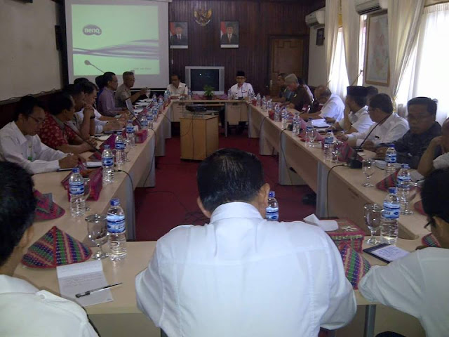 Bupati Kerinci Pimpin Rapat Progres Pembangunan SUTT Kerinci, Sei Penuh dan Merangin